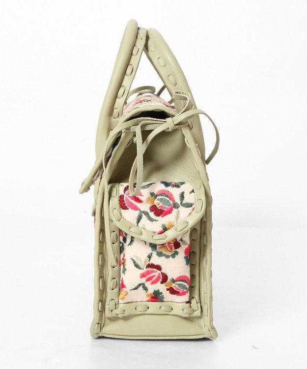 GRACE CONTINENTAL MS配色フラワー刺繍バッグ