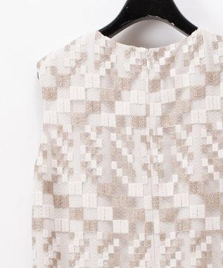 GRACE CONTINENTAL ヘムファーキカ刺繍ワンピース キナリ