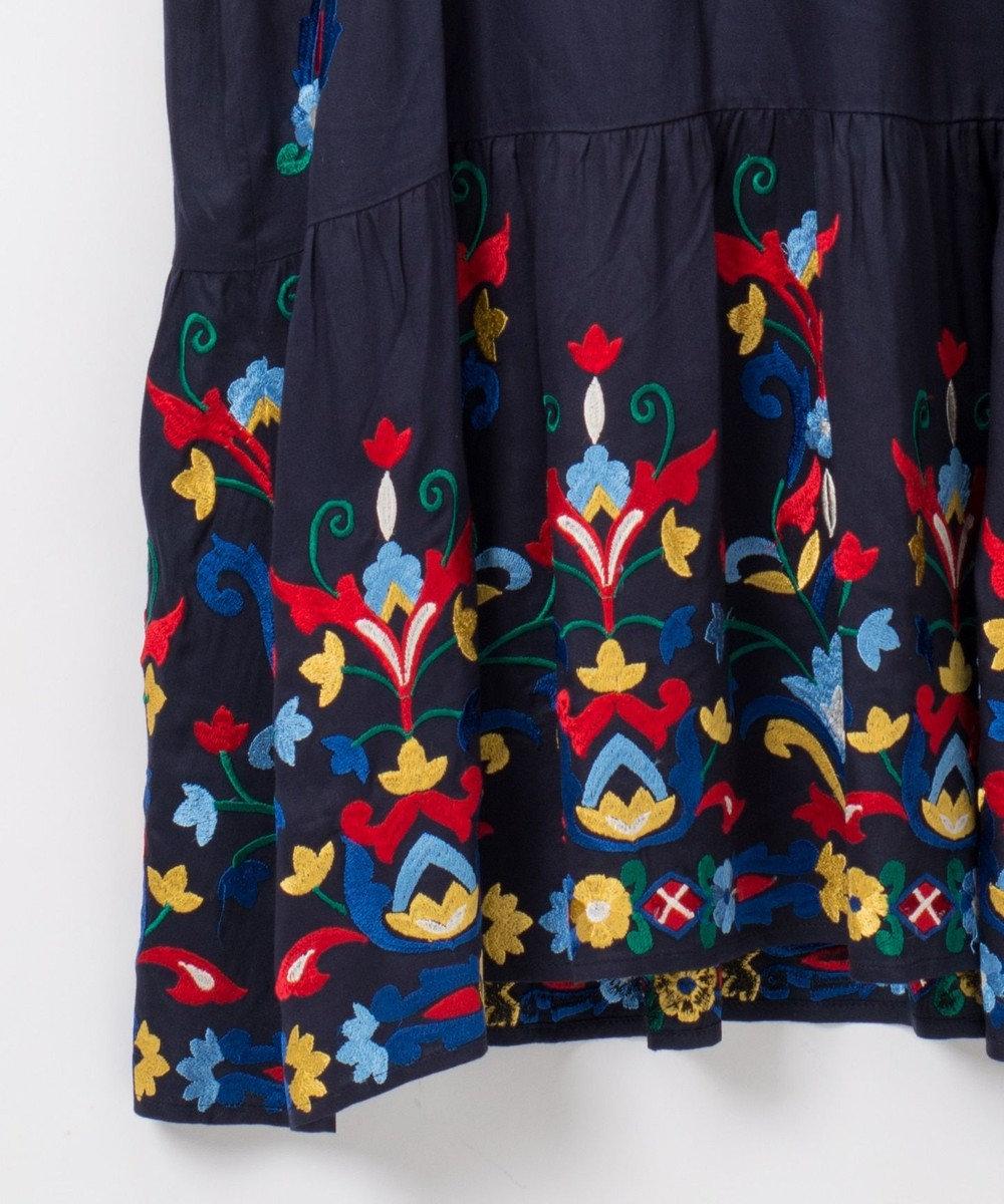 GRACE CONTINENTAL フード刺繍ロングワンピース ネイビー