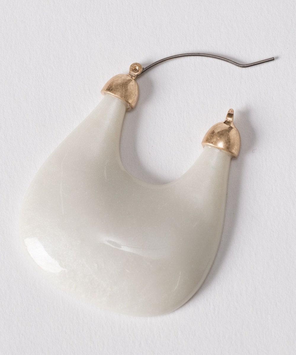 GRACE CONTINENTAL プランプモチーフピアス ホワイト