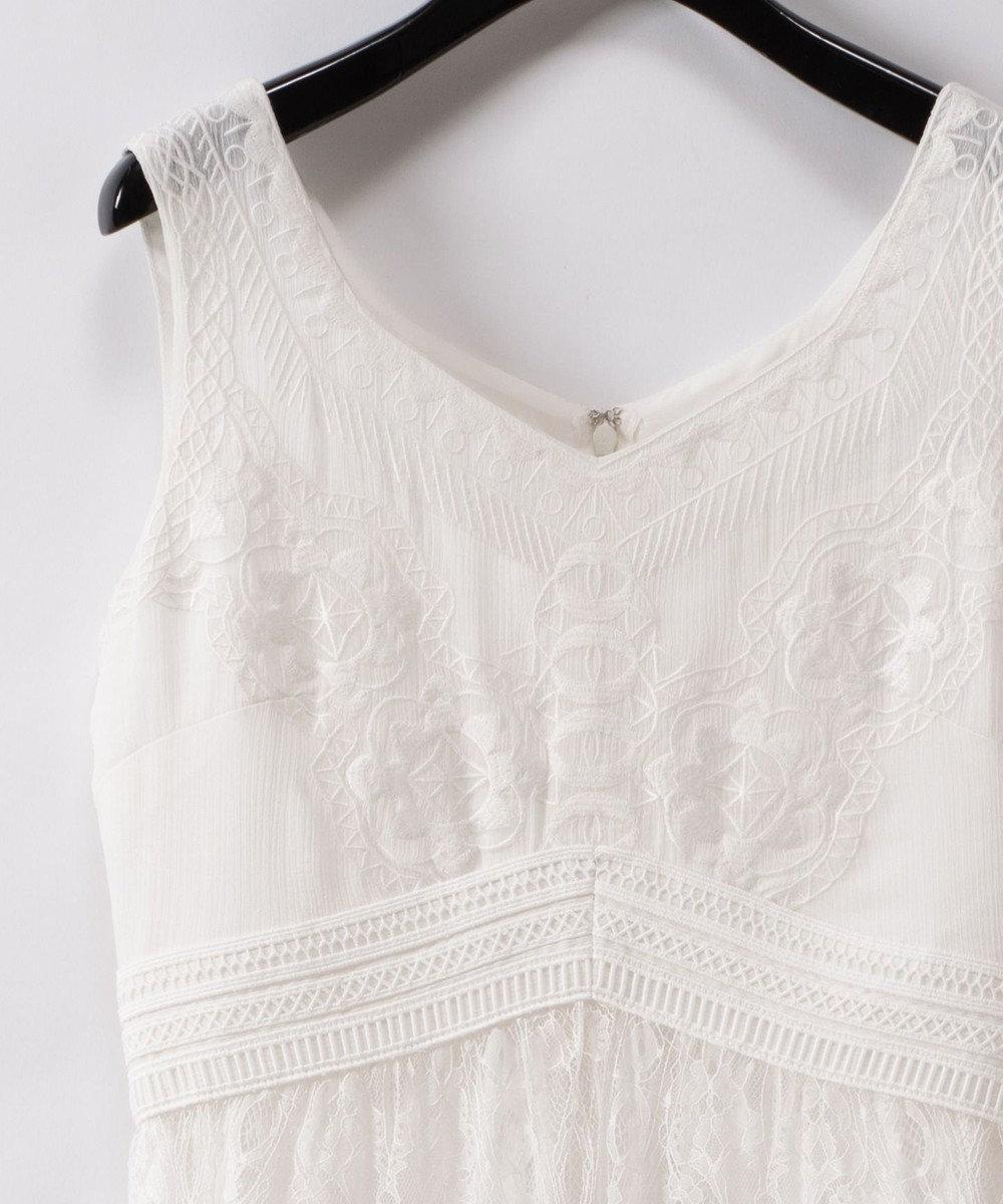 GRACE CONTINENTAL レース刺繍ロングワンピース ホワイト