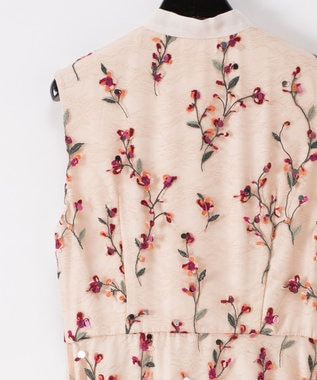 GRACE CONTINENTAL フラワースパンコール刺繍ワンピース ベージュ