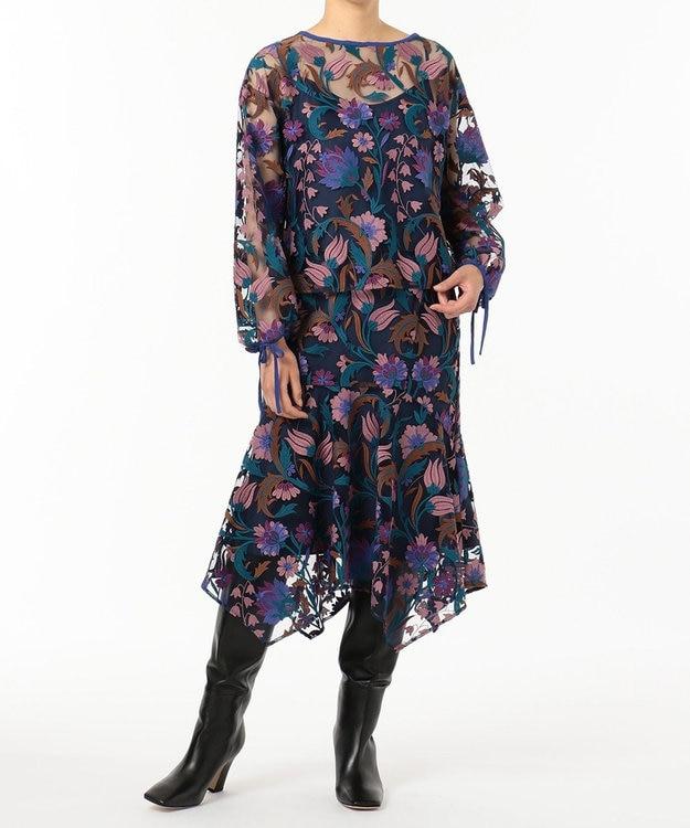 GRACE CONTINENTAL フラワー刺繍イレヘムスカート