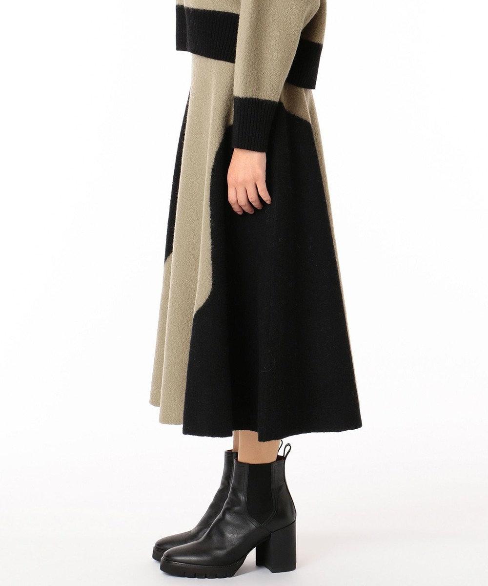 GRACE CONTINENTAL 配色パターン圧縮スカート カーキ