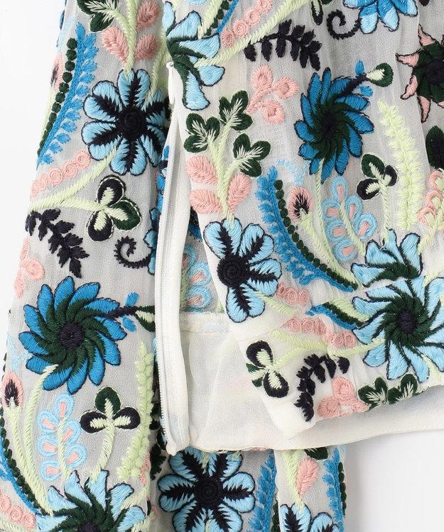 GRACE CONTINENTAL フラワー刺繍ショートトップ