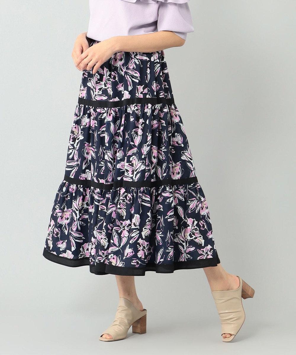 GRACE CONTINENTAL フラワープリントスカート ネイビー
