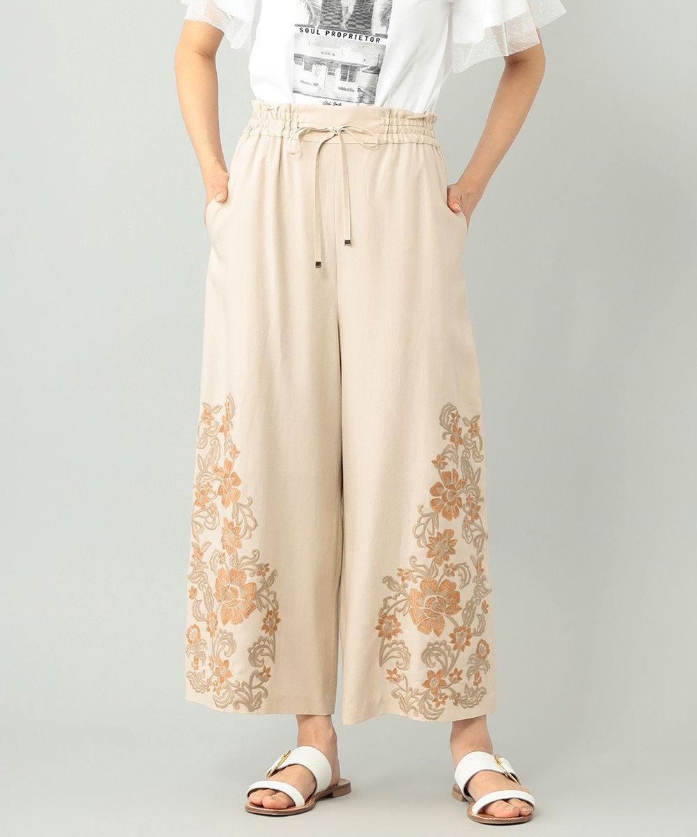 GRACE CONTINENTAL クロップドワイド刺繍パンツ ベージュ
