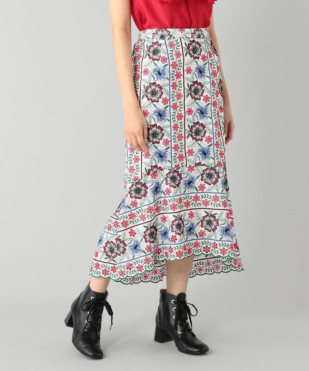 GRACE CONTINENTAL イレヘム刺繍スカート ホワイト