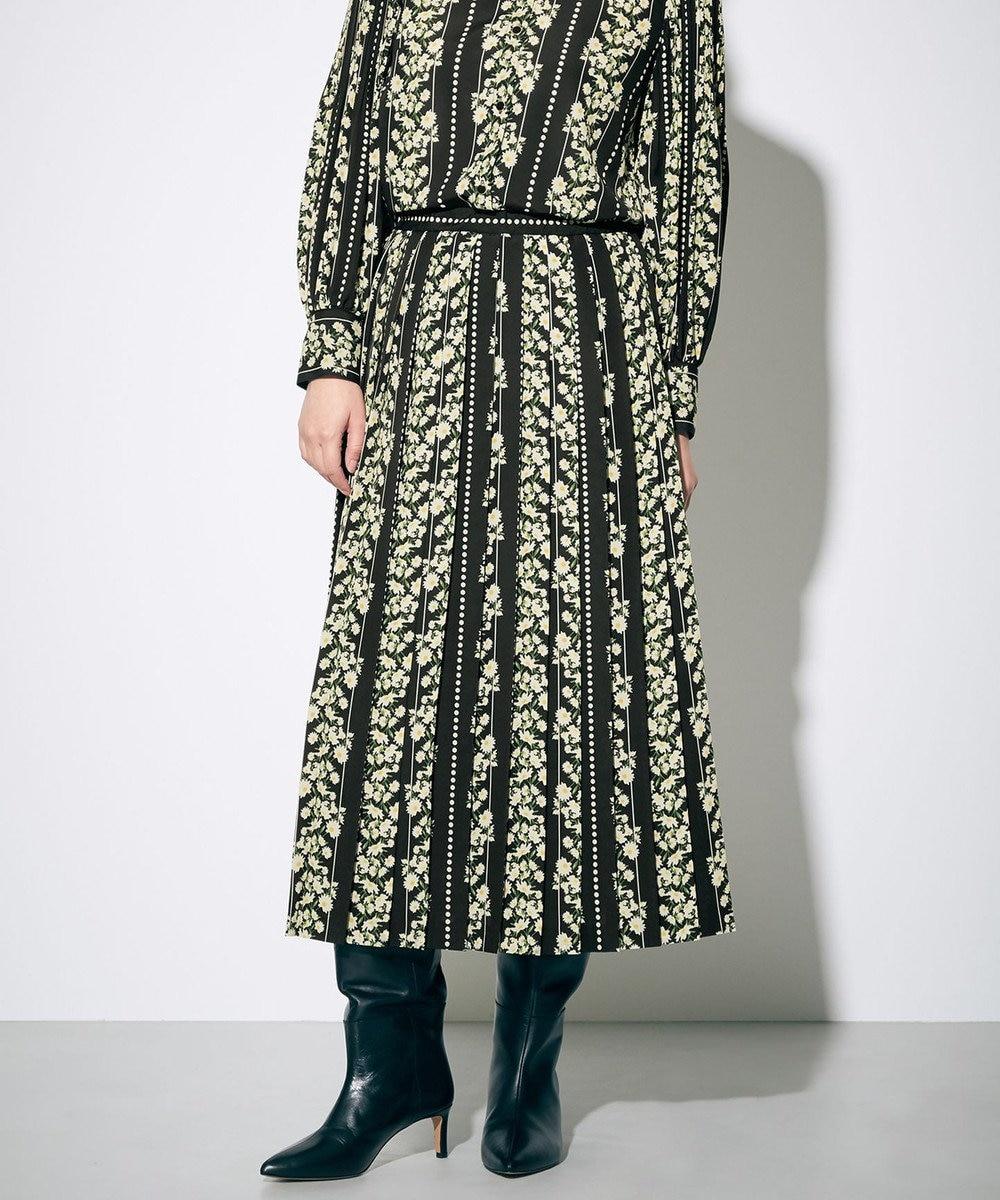 GRACE CONTINENTAL マーガレットプリントスカート ブラック