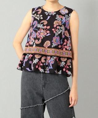 サラサフラワー刺繍トップ
